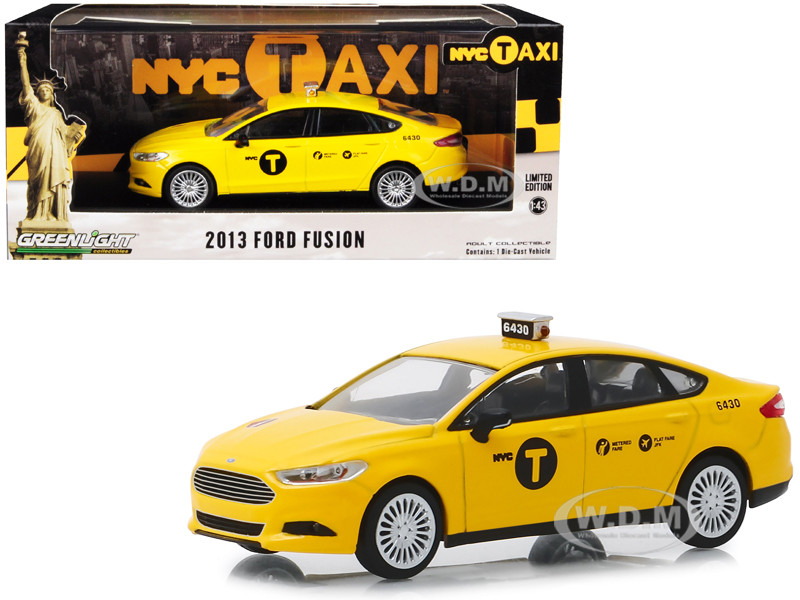 2013 Ford Fusion NYC Taxi New York City Yellow 1/43 Diecast Model Car Greenlight 86170