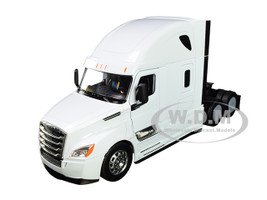 Freightliner Cascadia Truck White Transporter 1/32 Diecast Model Welly 32695