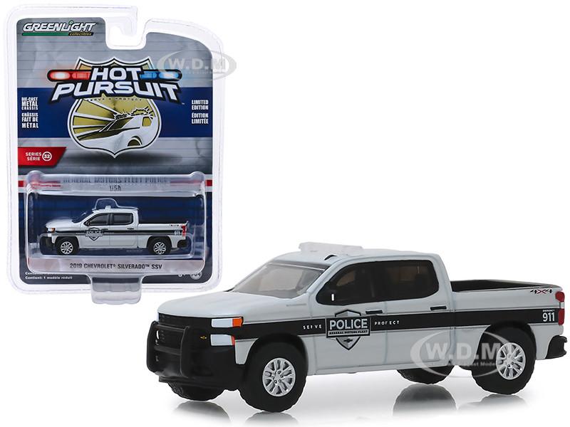 Green Light Motors >> 2019 Chevrolet Silverado Ssv Pickup Truck General Motors Fleet Police Hot Pursuit Series 32 1 64 Diecast Model Car By Greenlight