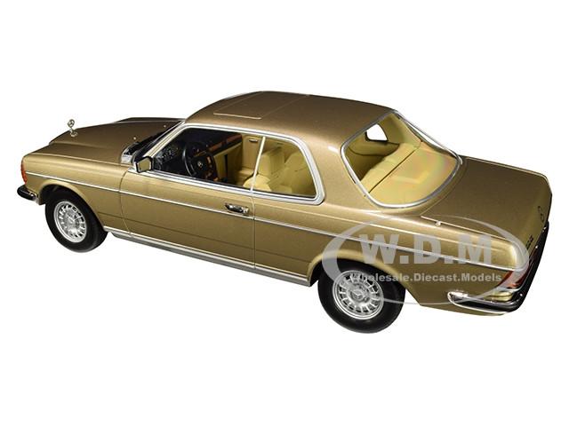 Mercedes-Benz 280 CE Champagner met Norev 1:18 183702