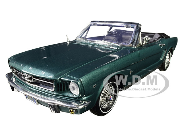 1964 1/2 Ford Mustang Convertible Metallic Green 1/18 Diecast Model Car Motormax 73145