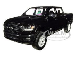 2019 Dodge Ram 1500 Crew Cab Laramie Pickup Truck Black 1/24 Diecast Model Car Motormax 79357