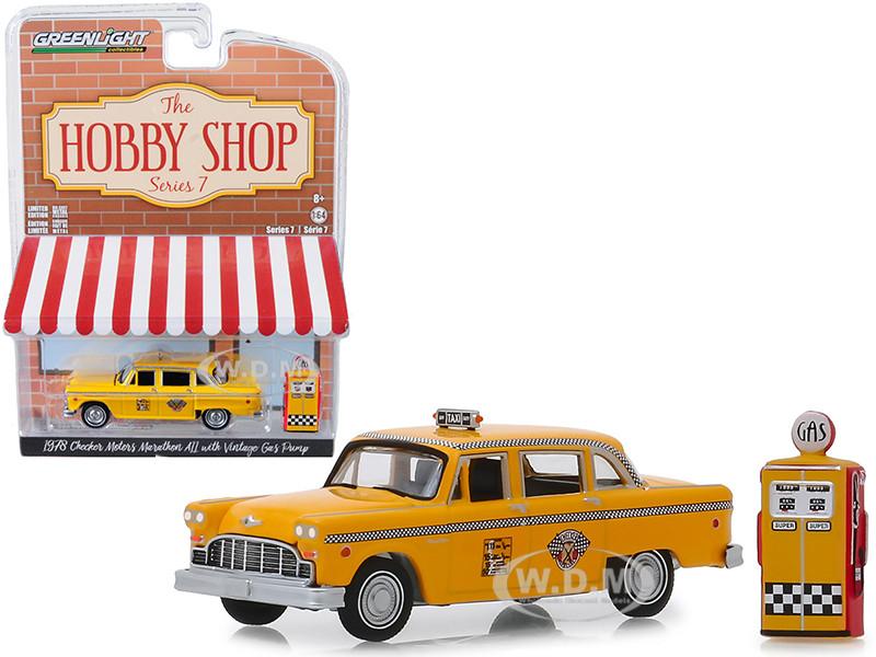 1978 Checker Motors Marathon A11 Taxi Vintage Gas Pump The Hobby Shop Series 7 1/64 Diecast Model Car Greenlight 97070 E