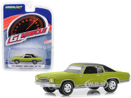 1971 Chevrolet Monte Carlo SS 454 Cottonwood Green Black Top Greenlight Muscle Series 22 1/64 Diecast Model Car Greenlight 13250 D