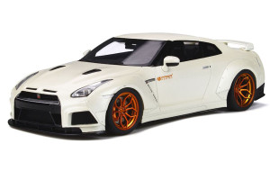 Nissan GT-R Prior Design White Limited Edition 252 pieces Worldwide 1/18 Model Car GT Spirit Kyosho KJ030