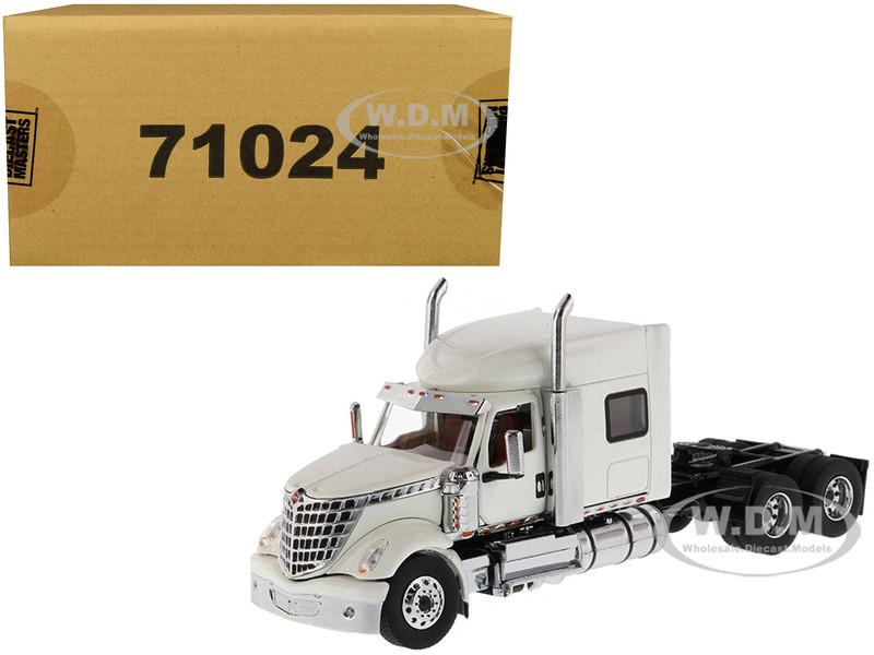 International LoneStar Sleeper Cab Truck Tractor White 1/50 Diecast Model Diecast Masters 71024