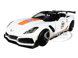 2019 Chevrolet Corvette ZR1 #22 Gulf Oil White Orange Stripes Black Top 1/24 Diecast Model Car Motormax 79657