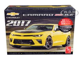 Skill 2 Model Kit 2017 Chevrolet Camaro SS 1LE 1/25 Scale Model AMT AMT1074 M