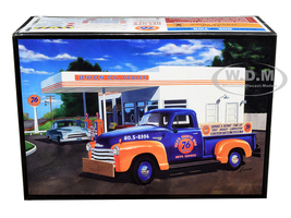 Skill 2 Model Kit 1950 Chevrolet 3100 Pickup Truck Union 76 2 in 1 Kit Skill 2 1/25 Scale Model AMT AMT1076