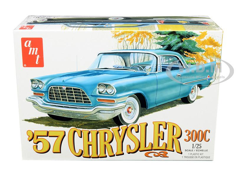 Skill 2 Model Kit 1957 Chrysler 300C 1/25 Scale Model AMT AMT1100 M
