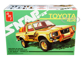 Skill 1 Snap Model Kit Toyota Hilux 4x4 Pickup Truck 1/25 Scale Model AMT AMT1114 M