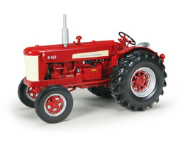 International Harvester Farmall W450 Gas Tractor Classic Series 1/16 Diecast Model Speccast ZJD1683