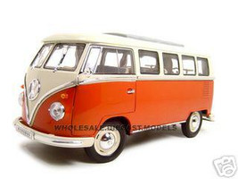 1963 Volkswagen Microbus Red T1 Bus 1/18 Diecast Model Car Welly 12531