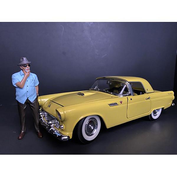Weekend Car Show Figurine I for 1/18 Scale Models American Diorama 38209