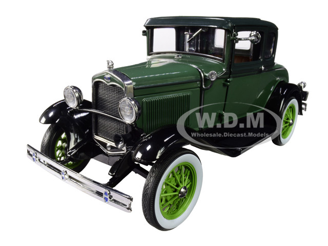 1931 Ford Model A Coupe Valley Green Vagabond Green 1/18 Diecast Model Car SunStar 6136