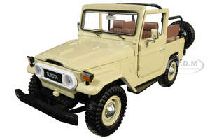 Toyota Land Cruiser FJ40 Convertible Beige 1/24 Diecast Model Car Motormax 79330