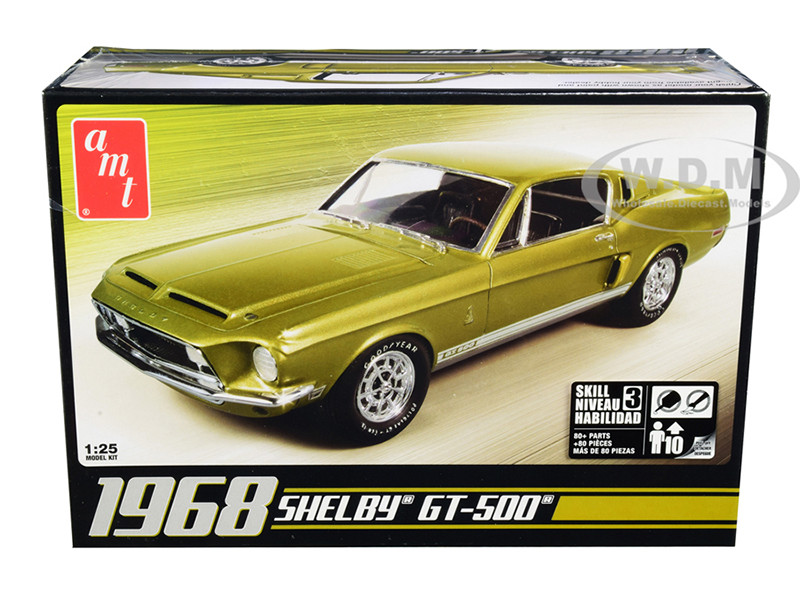 Skill 3 Model Kit 1968 Ford Mustang Shelby GT-500 1/25 Scale Model AMT AMT634