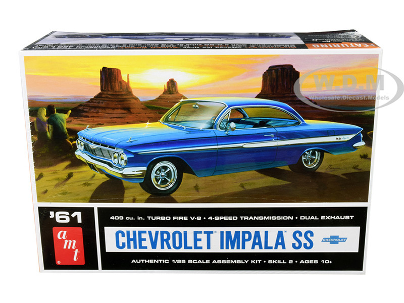 Skill 2 Model Kit 1961 Chevrolet Impala SS 1/25 Scale Model AMT AMT1013