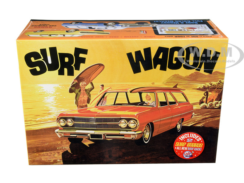 Skill 2 Model Kit 1965 Chevrolet Chevelle Surf Wagon Two Surf Boards 4 in 1 Kit 1/25 Scale Model AMT AMT1131