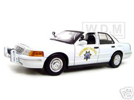 Ford Crown Victoria California Highway Patrol Car White 1/18 Diecast Model Car Motormax 73524