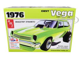 Skill 2 Model Kit 1976 Chevrolet Vega Funny Car 1/25 Scale Model AMT AMT1156