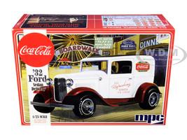 Skill 3 Model Kit 1932 Ford Sedan Delivery Coca Cola 1/25 Scale Model MPC MPC902