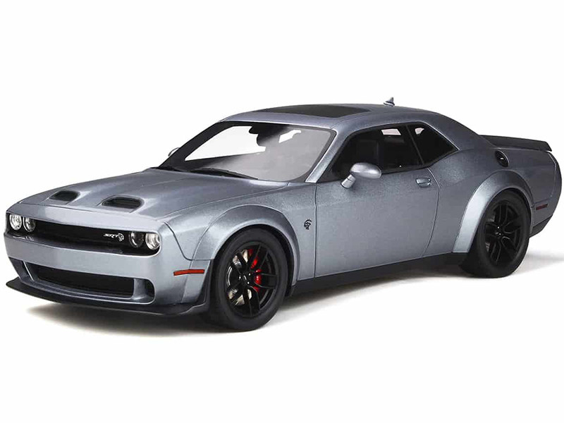 Blue Dodge Challenger >> Dodge Challenger Srt Hellcat Redeye Blue Gray Pearl 1 18 Model Car By Gt Spirit
