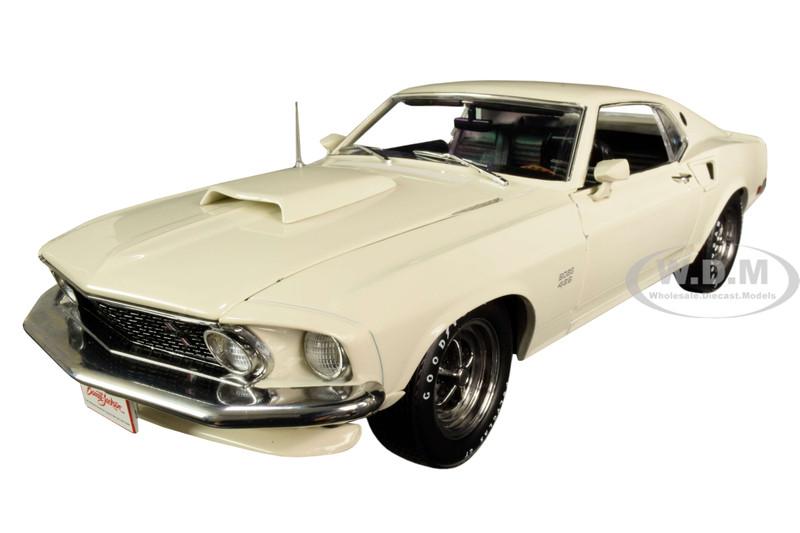1969 Ford Mustang BOSS 429 Wimbledon White Lot #1410 Barrett-Jackson Scottsdale 2018 1/18 Diecast Model Car Highway 61 18018