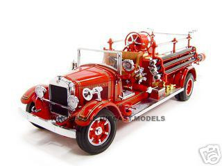 1932 Buffalo Type 50 Fire Truck Red 1/24 Diecast Model Road Signature 20188