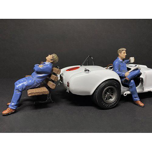 Sitting Mechanics 2 piece Figurine Set for 1/18 Scale Models American Diorama 38232 38233
