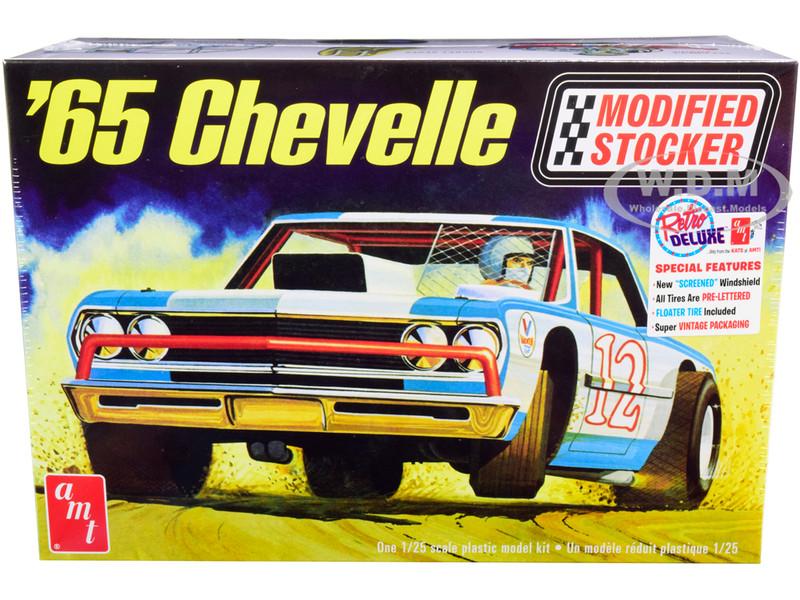 Skill 2 Model Kit 1965 Chevrolet Chevelle Modified Stocker 1/25 Scale Model AMT AMT1177
