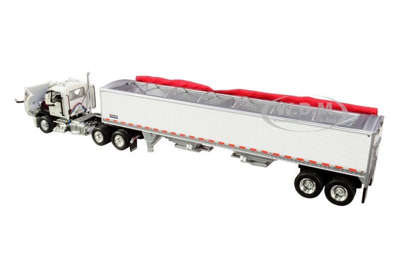 Mack Anthem Day Cab with Wilson PaceSetter High-Sided Tandem-Axle Grain Trailer