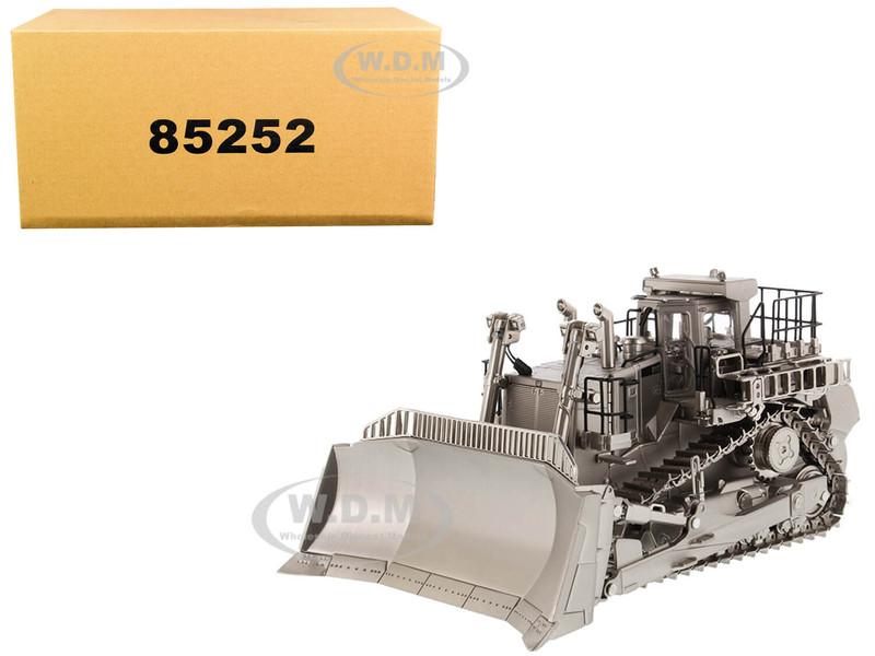 CAT Caterpillar D11T Track Type Tractor Dozer Matt Silver Plated Commemorative Series 1/50 Diecast Model Diecast Masters 85252