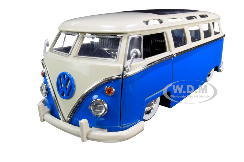 1962 Volkswagen Bus Blue Cream Bigtime Kustoms 1/24 Diecast Model Car Jada 99056