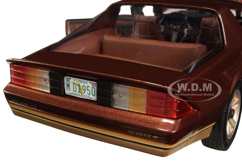 Chevrolet Camaro Z28 Cabriolet 1985 Copper Met SUNSTAR 1:18 SS1950