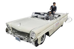 1958 Lincoln Continental MKIII Open Convertible White Two Figurines Driver and John F Kennedy John F Kennedy in Oregon 1960 1/18 Diecast Model Car SunStar 4707