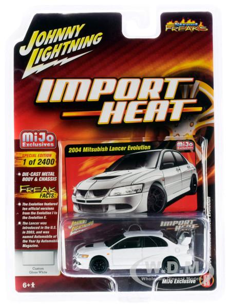 2004 Mitsubishi Lancer Evolution White Black Wheels Import Heat Street Freaks Series Limited Edition 2400 pieces Worldwide 1/64 Diecast Model Car Johnny Lightning JLCP7311
