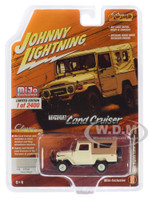 1980 Toyota Land Cruiser Dune Beige Brown Top Limited Edition 2400 pieces Worldwide 1/64 Diecast Model Car Johnny Lightning JLCP7316