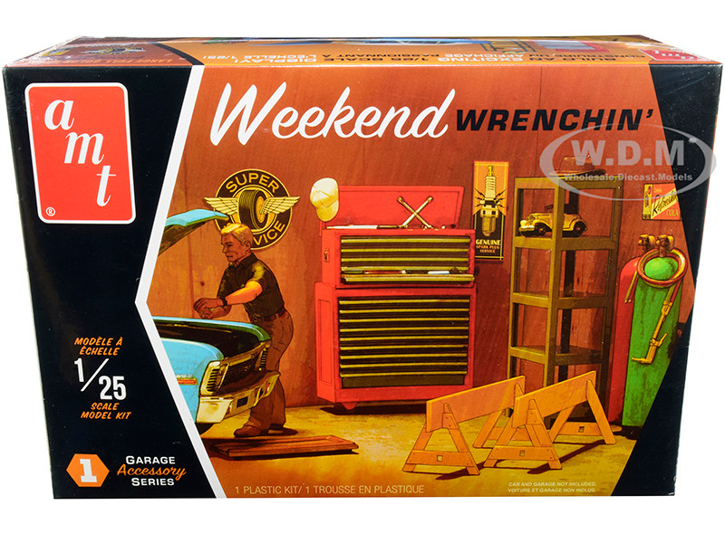 Skill 2 Model Kit Garage Accessory Set #1 Figurine Weekend Wrenchin' 1/25 Scale Model AMT AMTPP015 M