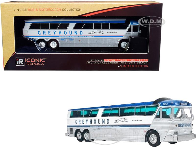 1970 MCI MC-7 Challenger Intercity Motorcoach Greyhound Scenicruiser Destination Phoenix Arizona Vintage Bus & Motorcoach Collection 1/87 HO Diecast Model Iconic Replicas (7-0182