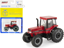 Case IH Magnum 7150 Tractor National FFA Organization Logo on the Roof Case IH Agriculture 1/64 Diecast Model ERTL TOMY 44175R