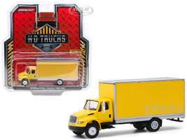 International Durastar Box Van Yellow Silver Trim H.D. Trucks Series 18 1/64 Diecast Model Greenlight 33180 B