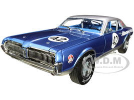 1967 Mercury Cougar Racing #42 Northwoods Shelby Club 2011 1/18 Diecast Model Car SunStar 1584