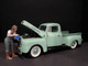 Car Girl in Tee Kylie Figurine for 1/24 Scale Models American Diorama 38338