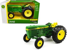 John Deere 2440 Tractor 1/16 Diecast Model ERTL TOMY 45582