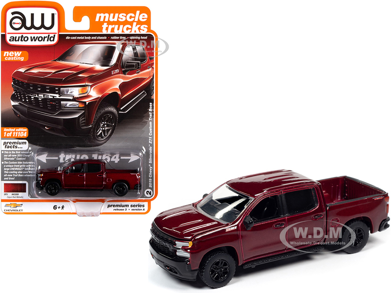 2019 Chevrolet Silverado Z71 Custom Trail Boss Pickup Truck Cajun Red Metallic Muscle Trucks Limited Edition 11104 pieces Worldwide 1/64 Diecast Model Car Autoworld 64262 AWSP043 A