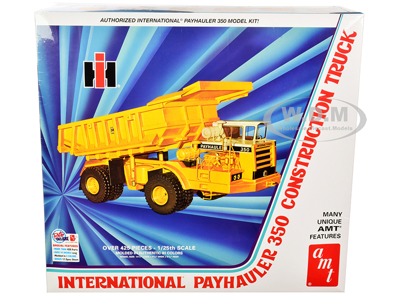 Skill 3 Model Kit International Payhauler 350 Construction Dump Truck 1/25 Scale Model AMT AMT1209