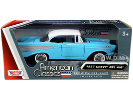 1957 Chevrolet Bel Air Light Blue White Top American Classics 1/24 Diecast Model Car Motormax 73228