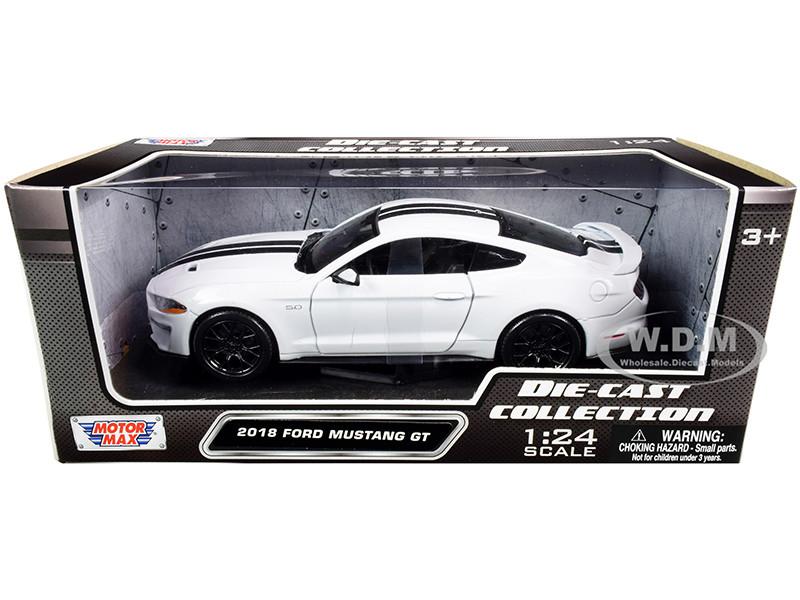 2018 Ford Mustang GT 5.0 White Black Stripes 1/24 Diecast Model Car Motormax 79352