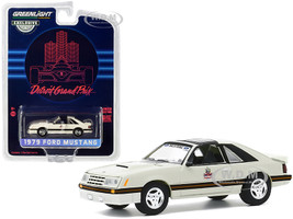 1979 Ford Mustang Official Pace Car 1982 Detroit Grand Prix Hobby Exclusive 1/64 Diecast Model Car Greenlight 30167